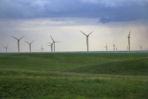 Wyoming-windmachines-5kidsandarv-1LR
