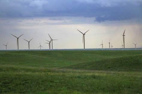 Wyoming-windmachines-5kidsandarv-1LR