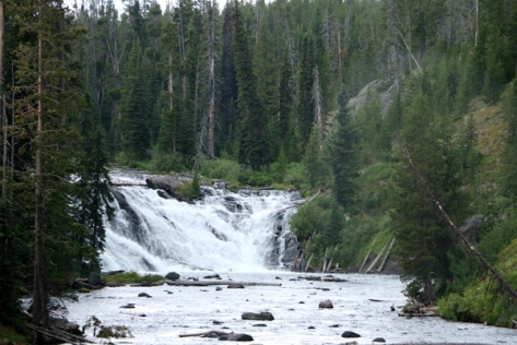 IMG_4765-WaterfallYellowstone
