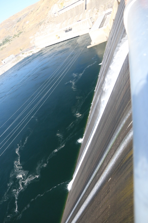 grand-coulee-dam-spillway